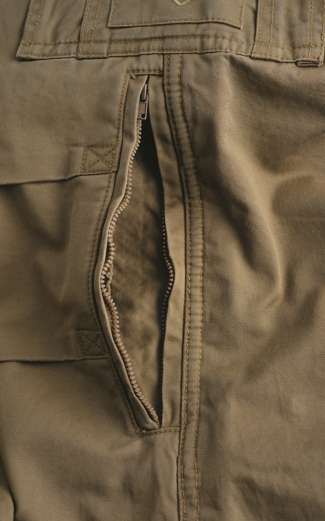 Mens Motorcycle Cargo Pants - Tan - with PEKEV armor lined 100% cotton - additional Zipper