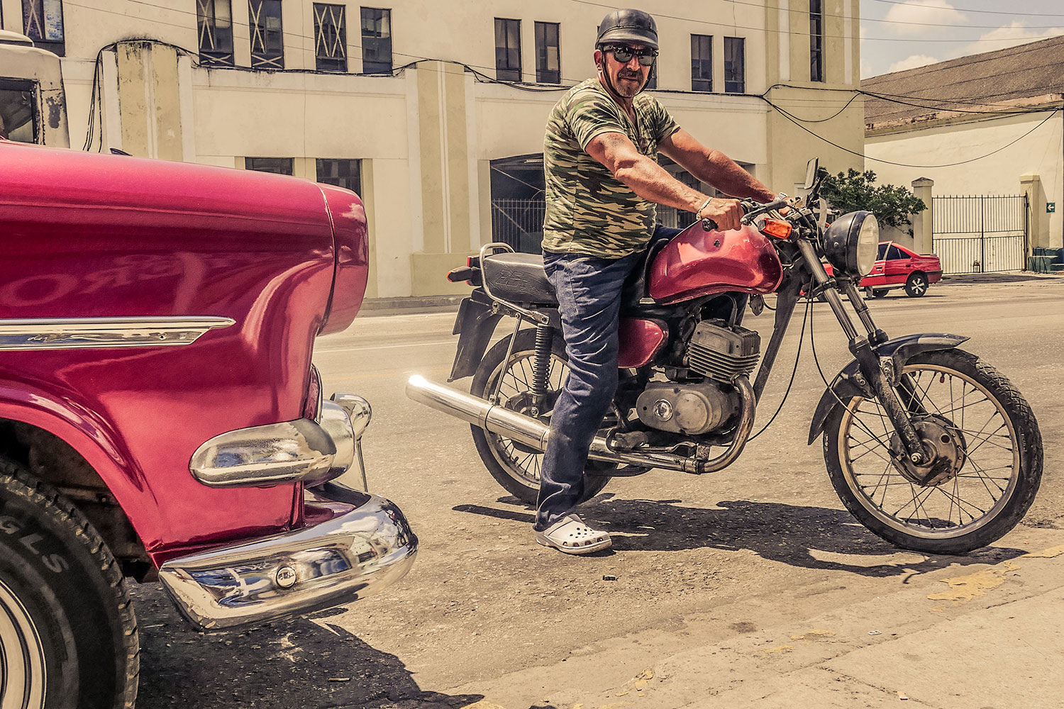 Cuban guy in Resurgence Gears, Pekev® Lite, Dark Blue motorcycle jeans - Picture by Dean Saffron 2