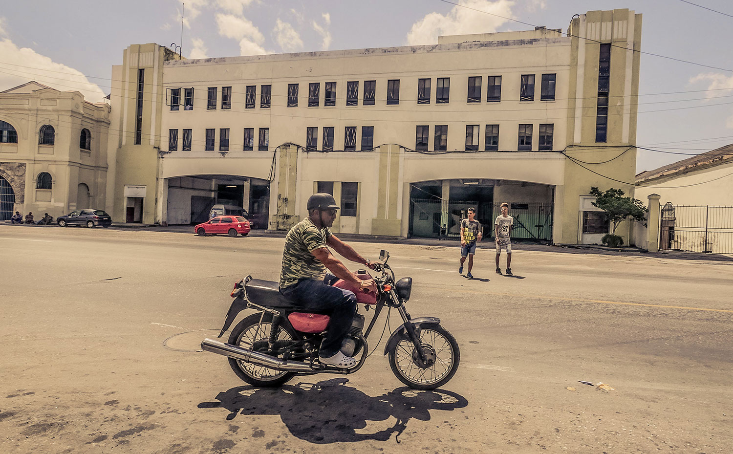 Cuban guy in Resurgence Gears, Pekev® Lite, Dark Blue motorcycle jeans - Picture by Dean Saffron 5